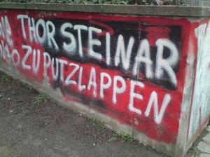 Thor Steinar zu Putzlappen Graffito