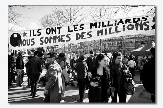 Paris, Demo