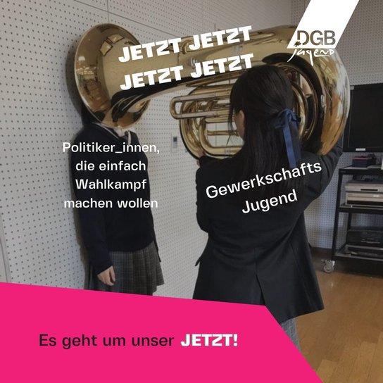 Mädchen mit Tuba