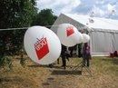Luftballons mit rotem DGB-Jugend-Logo
