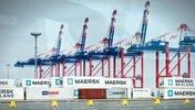 Container der Firma Maersk im Hafen