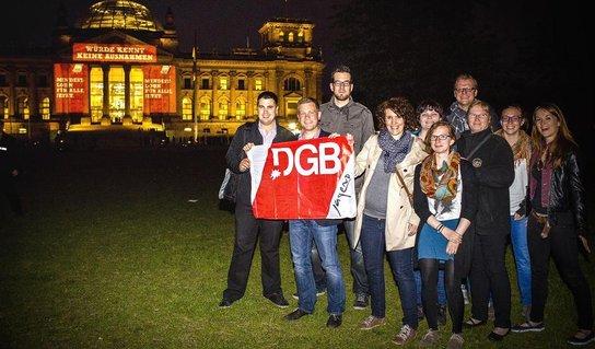 DGB-Jugend vor dem Bundestag