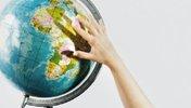 Globus und Hand